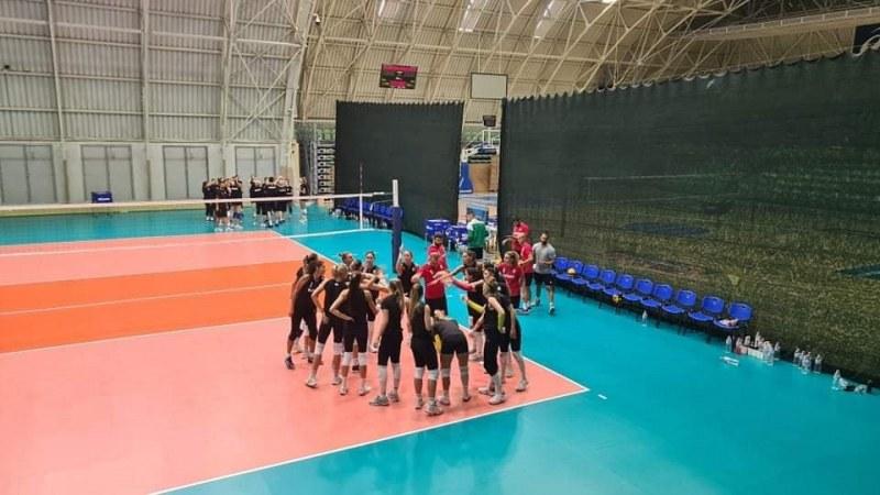 Волейболните националки с поредна победа в контролите