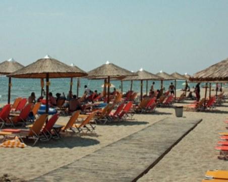 Предупреждават за опасни жеги в Гърция, трафикът към границата е нормален