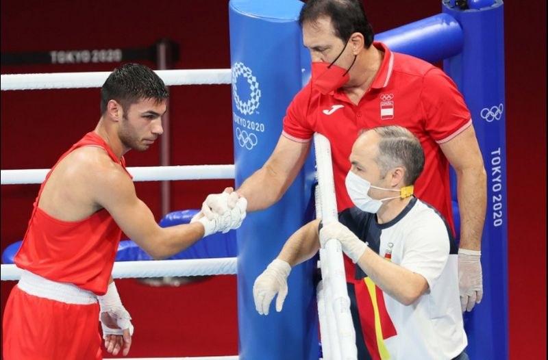 Боксьорът Даниел Асенов приключи участието си в Токио