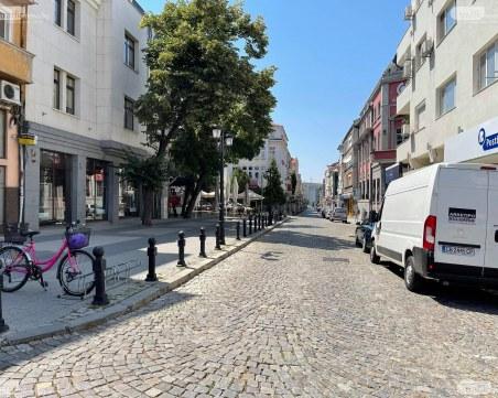 Червен код в Пловдив: Температурите днес достигат 42 градуса