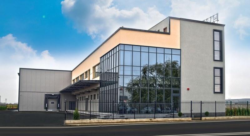 БАБХ удари склад край Пловдив с 12 бона, хванаха сирене с изтекъл срок на годност