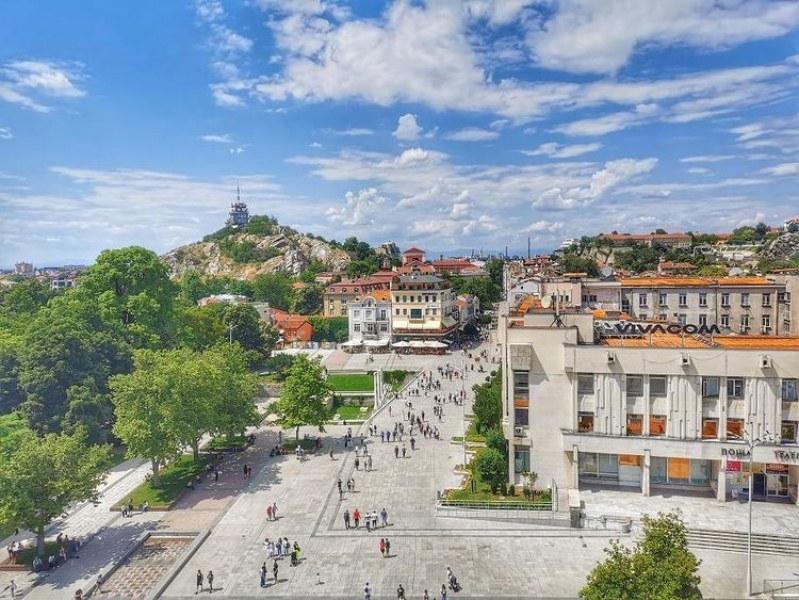 Жълт код за опасно топло време в Пловдив, до 37 градуса днес
