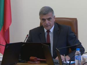 Стефан Янев остро към ИТН: Кой определя постовете и приоритетите в предложения кабинет?