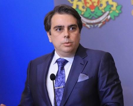 Асен Василев: Възможни са нови санкции по