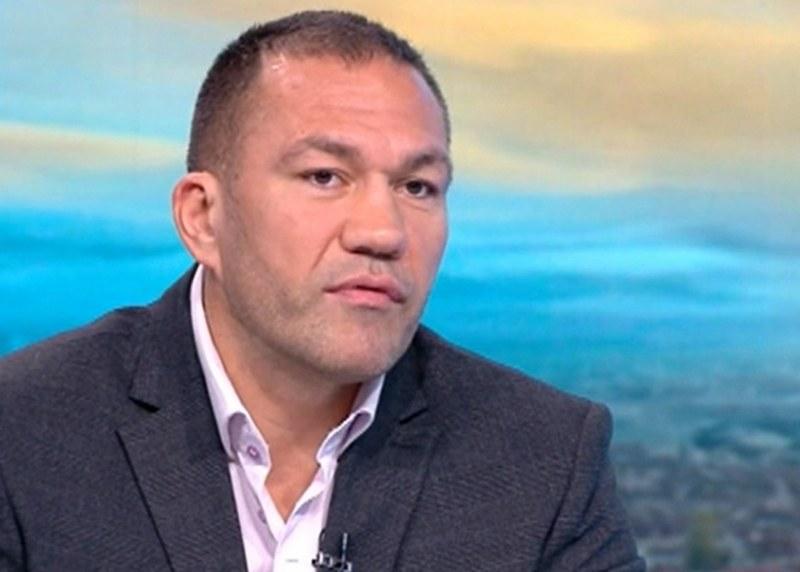 Кубрат Пулев ще става магистър в УНСС