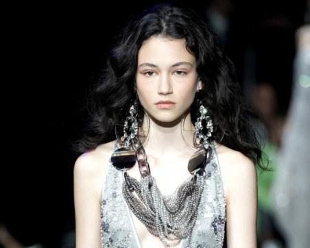"""Българката, която дефилира за """"Dior"""","""