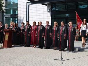 Ръководството на МУ-Пловдив с отворено писмо до студентите