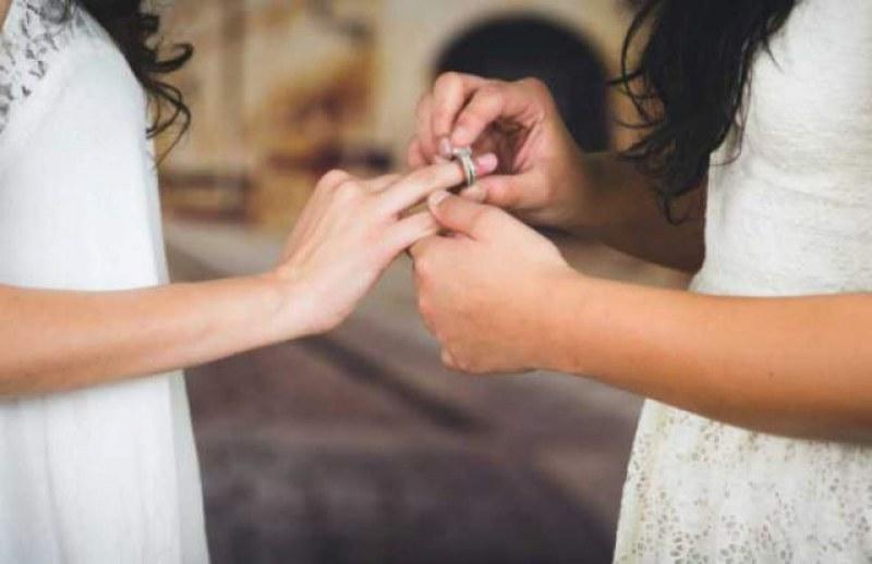 ЕП: Еднополовите бракове трябва да бъдат признати във всички държави от ЕС