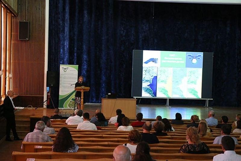 """Проведоха първата партньорска среща по Националната научна програма """"Интелигентно растениевъдство"""