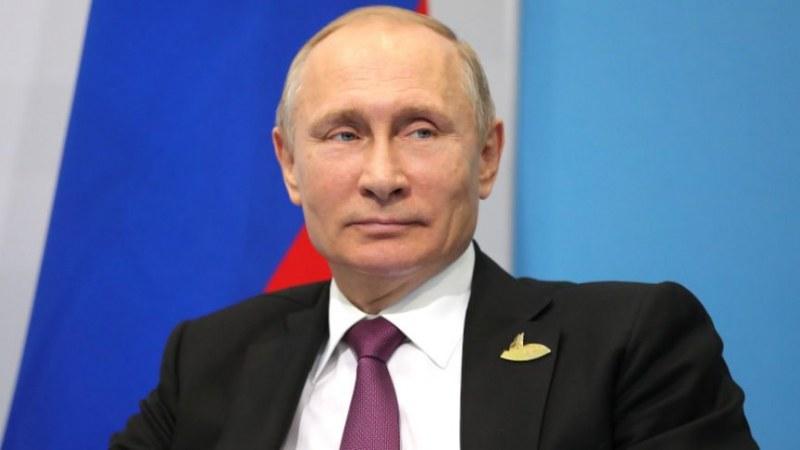Путин се самоизолира заради случай на COVID