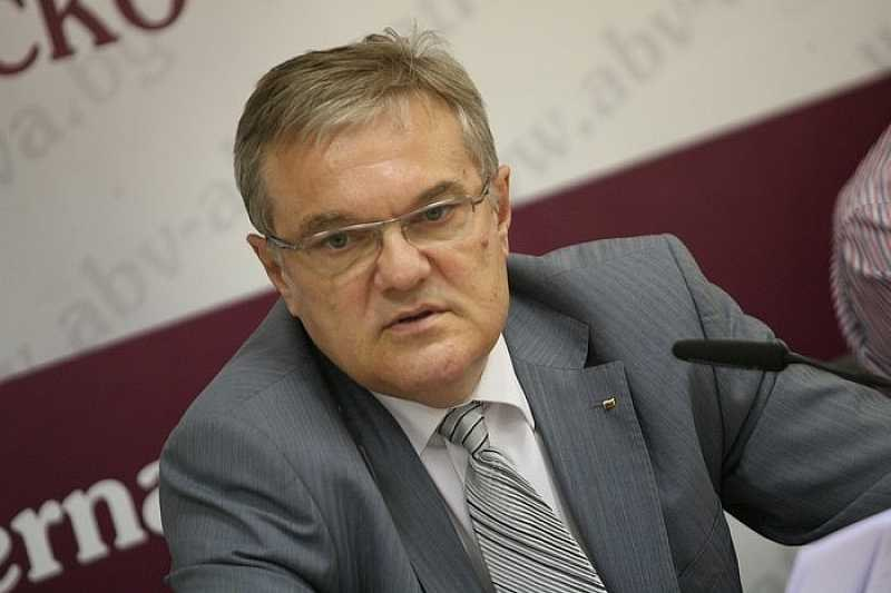 Румен Петков: Бих бил изненадан, ако проект на Кирил Петков бъде подкрепен