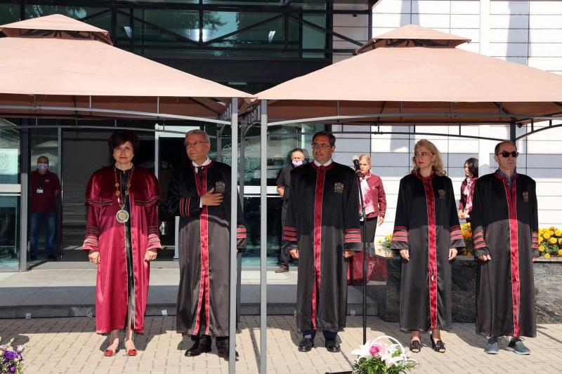 Нов учебен корпус откриха в Медицински университет-Пловдив СНИМКИ