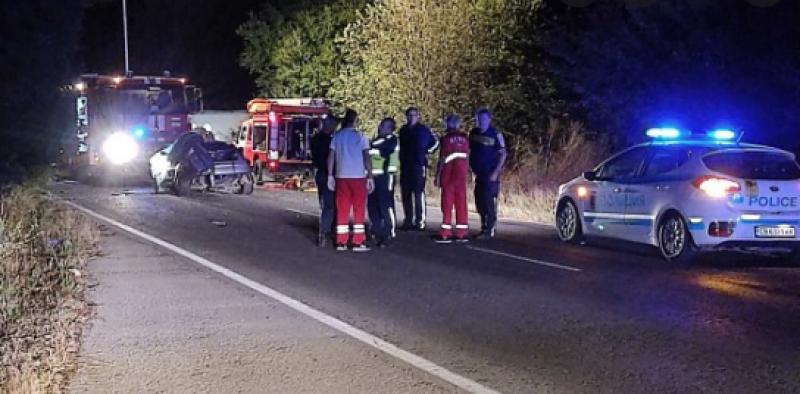 Тежка катастрофа взе жертва и затвори пътя Русе-Силистра