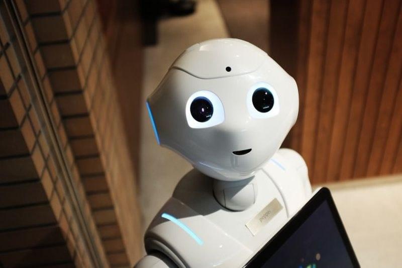Японски гигант иска да замени всички работници с роботи