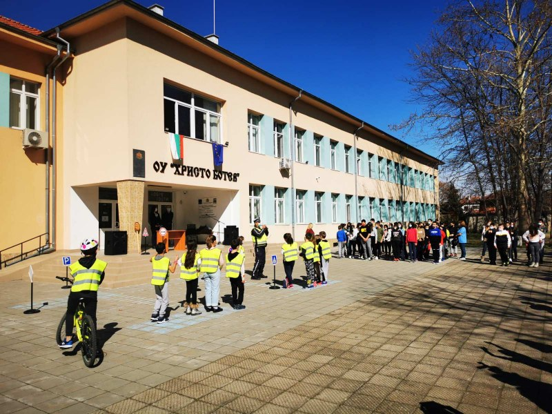 Прокуратурата проверява кметица на пловдивско село заради заплаха към учител