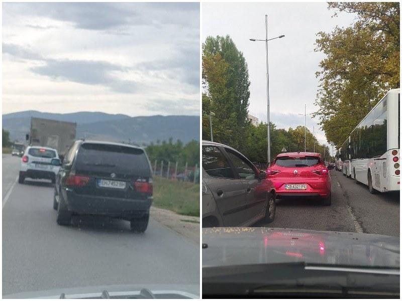 Кошмарен трафик в Пловдив! Половината град е задръстен, тапи има и на Околовръстното