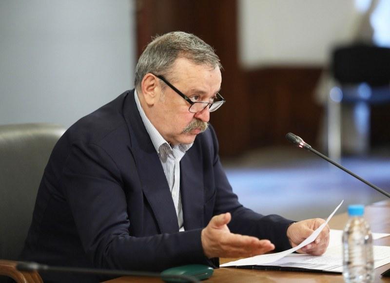 Проф.Кантарджиев: Пикът на настоящата вълна ще настъпи в средата на октомври