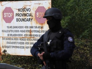Косово продължава да не пуска коли със сръбска регистрация