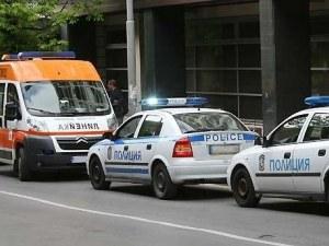 Mомиче е с комоцио след катастрофа между две коли и трамвай в София