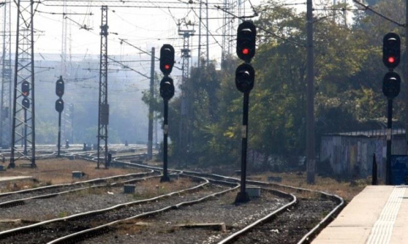 Влак прегази мъж в района на гара Кермен