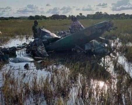 Тримата българи, загинали при катастрофа с хеликоптер в Кот д'Ивоар, били инструктори