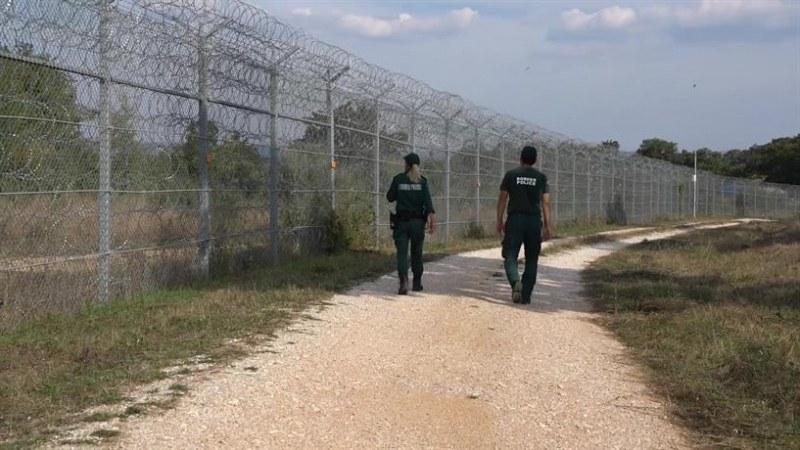МВР поема контрола върху оградата по българо-турската граница