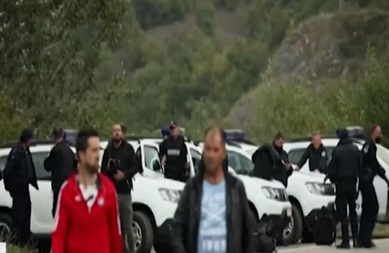 Продължава напрежението на границата между Сърбия и Косово