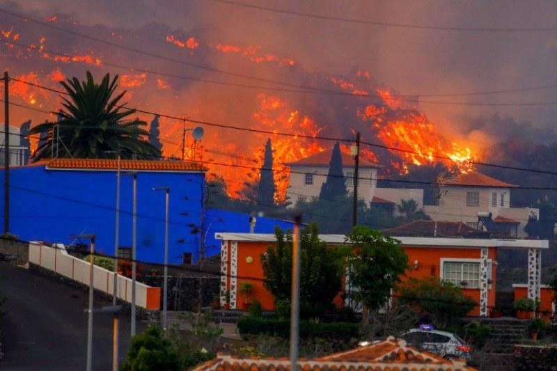 Вулканът на Канарските острови унищожи над 200 сгради, щетите са за близо 90 млн. евро