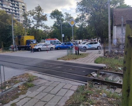 """Прелезите по бул. """"Копривщица"""" ще стоят по-дълго затворени заради ремонти на НКЖИ"""