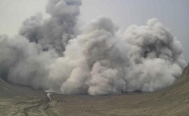 Изригна вулканът Фуего, посипа с пепел четири села