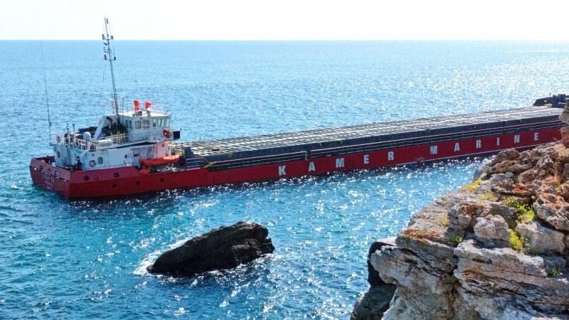 Навигационна грешка вероятно е довела до засядането на кораба край Камен бряг