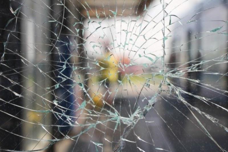 Пиян шофьор се заби в заведение във Велинград