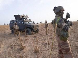Убиха френски войник при сражение в Мали