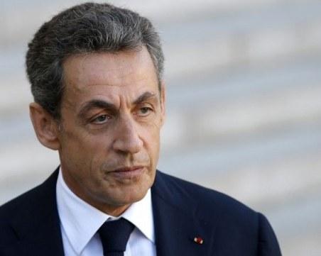 Осъдиха бившия френски президент Саркози на година затвор