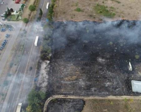 Пожар край летище Стара Загора! Огънят обхвана АМ