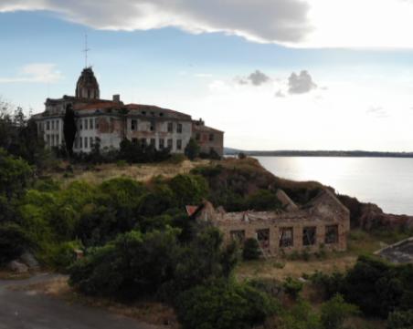 Сезириха прокуратурата за разрухата на остров Свети Кирик