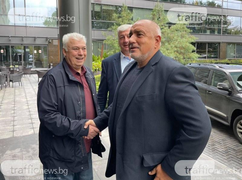 Борисов: Пари в бюджета няма заради пътя на Копринката до село Труд, а Рашко му е чадър