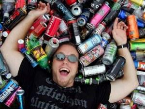 """Енергийните напитки –  опасна мода при децата, която им дава """"изкуствена енергия"""""""