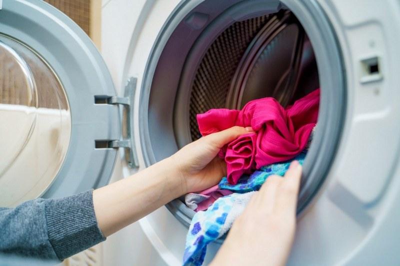 Как да спасим прането си от космите на домашните любимци