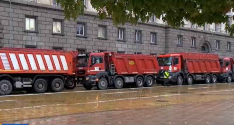 МВР: Викат се водачите на тежкотоварна техника, участвали в протеста