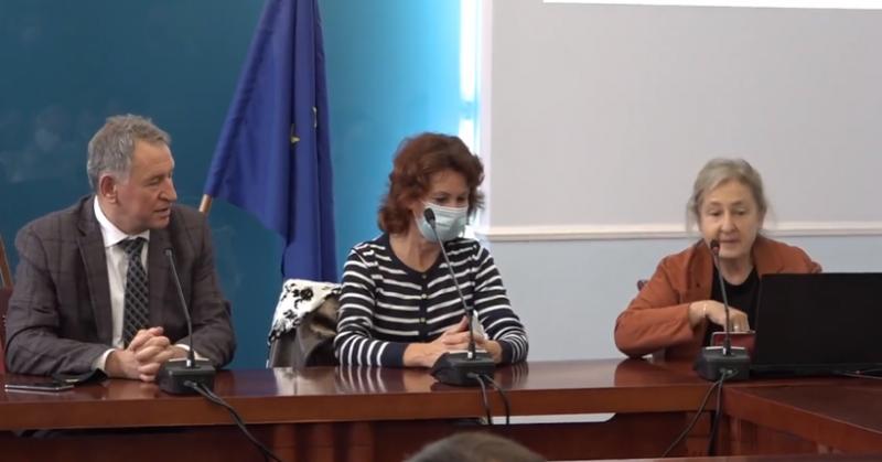 Здравният министър: Имаме 33% по-малко заболели и починали през новата вълна на COVID-19
