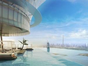 Първият и най-висок 360-градусов инфинити басейн постоиха в Дубай