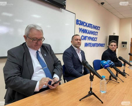 Пулев: Политиката в България е пагубна за народа