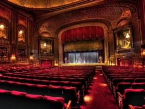 След въвеждането на Зелен сертификат: Кукленият театър отменя представления, Операта тества екипа си още от септември