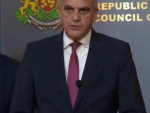 Премиерът Стефан Янев: Алтернативата на мерките е затваряне на държавата