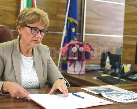 Министър Комитова: Ще предложа 1,5 млрд. лв. за поддръжка и ремонт на пътищата в бюджет 2022