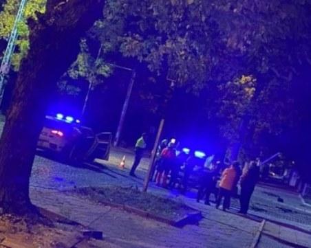 Меле в Кючука! Камион отнесе 7 коли и се заби в светофар