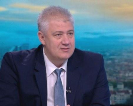 Проф. Балтов: Редно е да има зелен сертификат и за депутатите