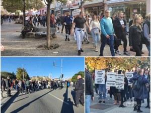 Многобройно шествие от протестиращи премина по Главната, хората нахлуха на бул.